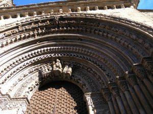 Portalada de l'escola lleidatana del segle XIII