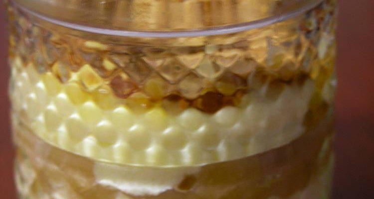 Postre en got, crema catalana, poma al forn i crocant