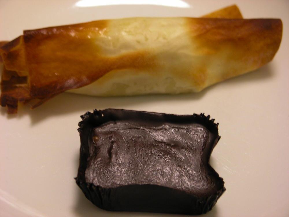 farcellets de gelat de pera i petit four xocolata