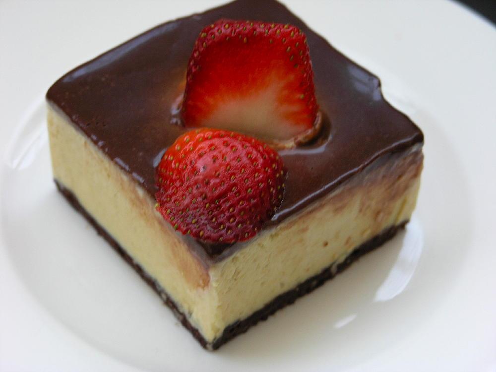 Gelatina de iogur amb mango i cacao