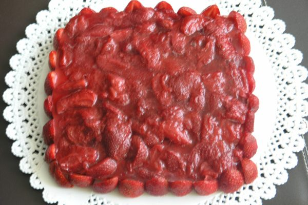pastis semifred de maduixa i iogur grec