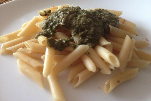 macarrons pesto de carxofa i formatge afuegalpitu1